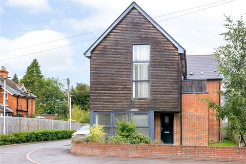 1 bedroom apartment for sale - Faircross Court, Thatcham, Berkshire, RG18