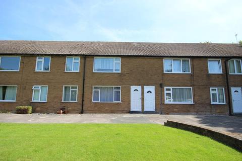 2 bedroom flat to rent - Church Gardens, Warton, Preston, Lancashire, PR4 1BH