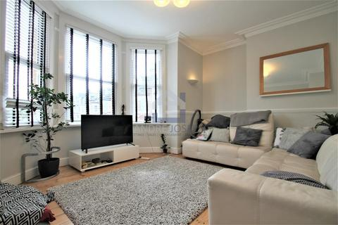2 bedroom flat to rent - Tierney Road, Streatham Hill, London, SW2 4QH