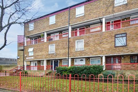 3 bedroom flat for sale - Chilham House, South Bermondsey SE15