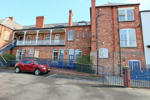 2 bedroom duplex for sale - Station Road, Stone, ST15