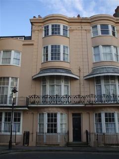 1 bedroom flat to rent - BN1
