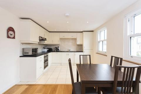 2 bedroom apartment to rent - St. Georges Place, Bath