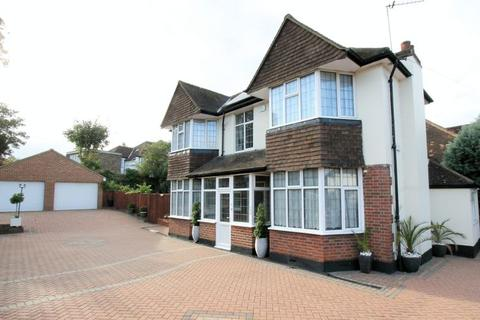 3 bedroom detached house for sale - Cheam Road, Sutton