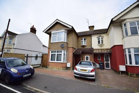 4 bedroom semi-detached house for sale - Mansfield Road, Luton