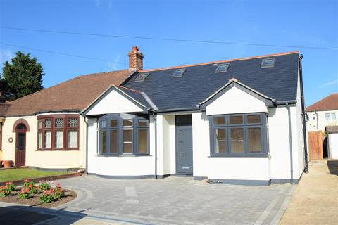 4 bedroom semi-detached bungalow for sale - Hillview Road, Chislehurst