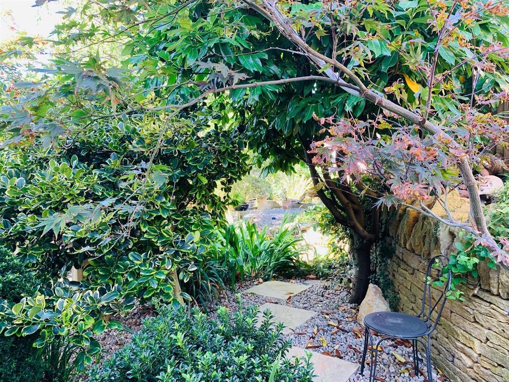 Garden new 2.jpg
