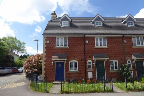 3 bedroom house to rent - Upper Stratton
