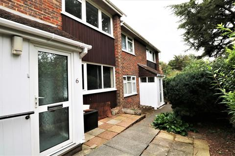 2 bedroom apartment to rent - Caisters Close, Hove, BN3
