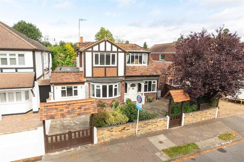 3 bedroom detached house for sale - Darby Crescent, Sunbury-On-Thames
