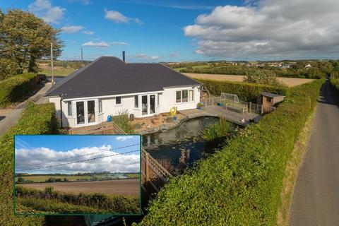 3 bedroom detached bungalow for sale - Woodland Road, Lyminge, Folkestone, CT18