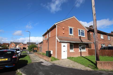 2 bedroom flat for sale - Welburn Mount, Buttershaw, Bradford