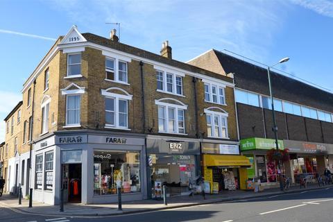 4 bedroom flat to rent - Broad Street, Teddington