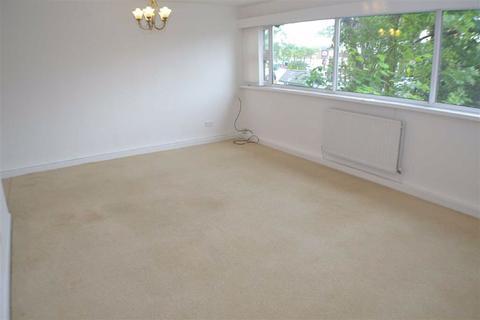 2 bedroom flat to rent - Alder Court, Monkseaton, Tyne And Wear