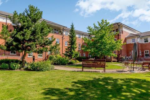 2 bedroom flat to rent - Warwick Road, Knowle, Solihull, B93 9LQ