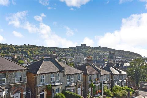 5 bedroom end of terrace house for sale - Priory Grove, Dover, Kent