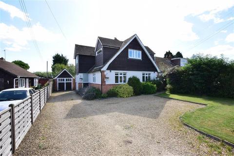 3 bedroom detached house for sale - Belcaire Close, Lympne, Kent