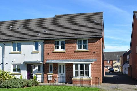 4 bedroom end of terrace house for sale - New Cut Road, Swansea, City And County of Swansea. SA1 2DL