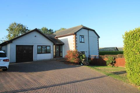 5 bedroom detached house for sale - Bay Down, Looe