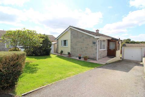 2 bedroom detached bungalow for sale - Callington. PL17