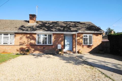 3 bedroom bungalow for sale - Elmhurst Road, West Moors