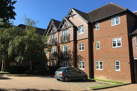 2 bedroom flat to rent - Worth, Crawley
