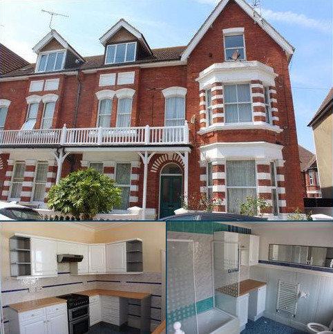 2 bedroom flat to rent - Albert Road, Bexhill on Sea