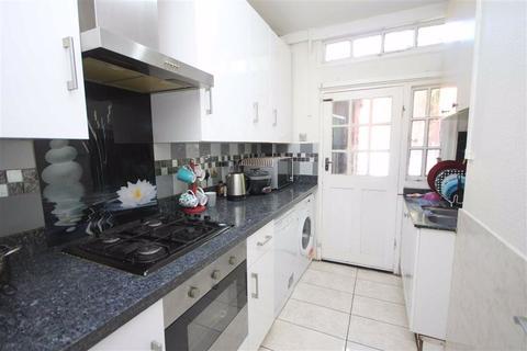 3 bedroom house to rent - Tower Gardens Road, Tottenham
