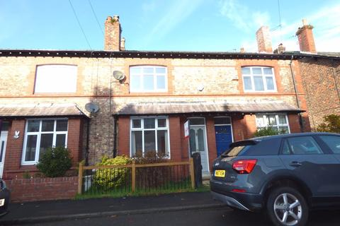 3 bedroom terraced house to rent - Lilac Road, Hale, WA15 8BJ.