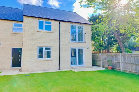 2 bedroom apartment for sale - Oaken Court, Cricklade Road, Cirencester