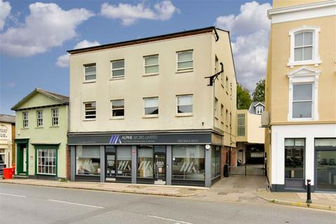 1 bedroom flat for sale - Brighton House, High Street, Epsom, Surrey