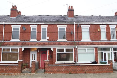 2 bedroom terraced house to rent - Taylors Road, Stretford, Manchester, M32
