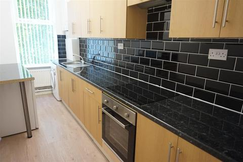 2 bedroom apartment to rent - 2A Linnet Lane, Liverpool