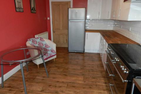 2 bedroom flat to rent - Pollokshaws Road, Shawlands
