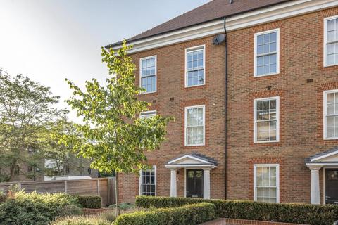 4 bedroom house for sale - Ashridge Close, Finchley, N3, N3
