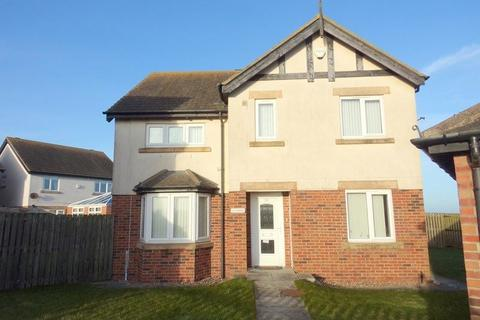 4 bedroom detached house to rent - Kings Field, Seahouses, Northumberland, NE68 7PA