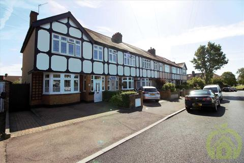 3 bedroom end of terrace house for sale - Grosvenor Drive, HORNCHURCH
