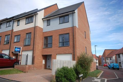 3 bedroom end of terrace house for sale - Benwell