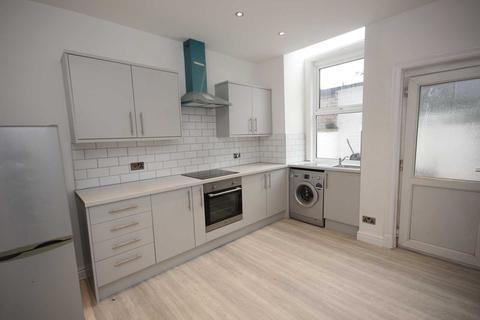 3 bedroom terraced house to rent - Whitelands Terrace, Ashton Under Lyne