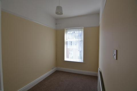 4 bedroom terraced house to rent - Parkhill Road, BIRKENHEAD CH42