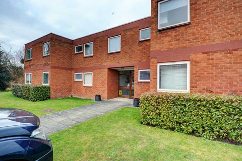 2 bedroom apartment to rent - The Willows, Bourne End