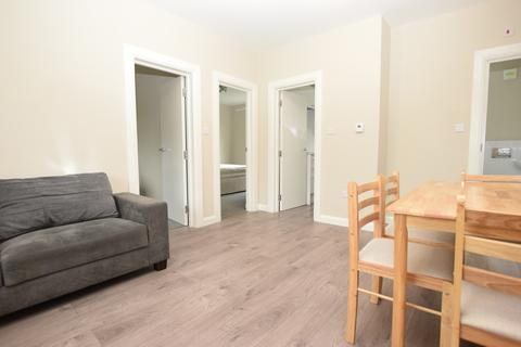 2 bedroom flat to rent - Churston Close Tulse Hill SW2