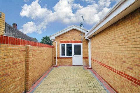 1 bedroom flat to rent - Wood Lane, Iver Heath, Buckinghamshire