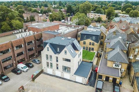 2 bedroom flat for sale - High Street, Walton-on-Thames, Surrey