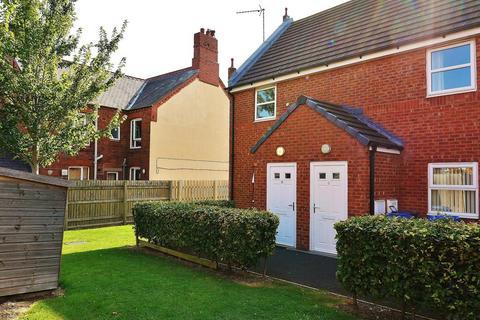 2 bedroom flat for sale - Britannia Close, Rhostyllen