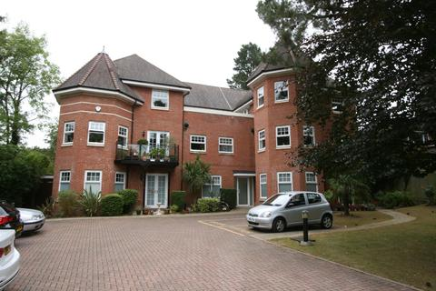 3 bedroom apartment to rent - Frithwood Avenue Northwood HA6