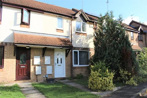 3 bedroom terraced house to rent - Rannoch Close, Sparcells