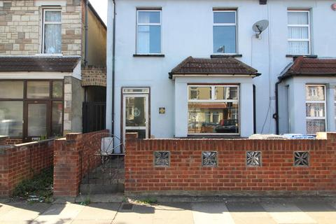 2 bedroom detached house to rent - Trinity Road, Southall