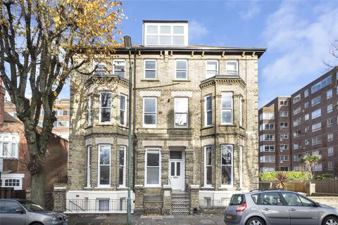 Studio to rent - Eaton Road, Hove, East Sussex, BN3