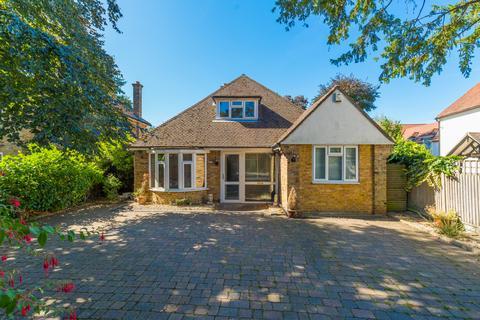 5 bedroom detached bungalow for sale - Royal Lane, Uxbridge